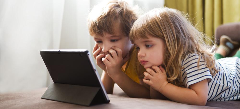 COME PROTEGGERE I NOSTRI FIGLI DAI PERICOLI DI INTERNET | Conoscere il Parental Control